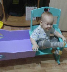 Кроватка и кресло качалка