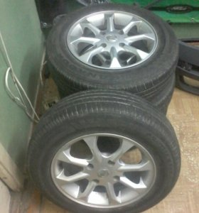 Продам четыре колеса на литье от nisan almera
