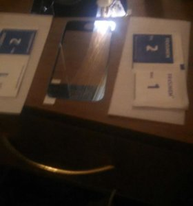 Броне стекла на iphone 4,4s