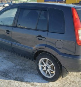 Ford Fusion 1,6 МТ