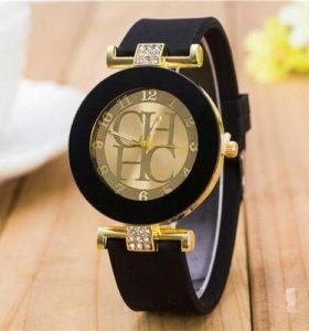 Часы Новые.Красивые
