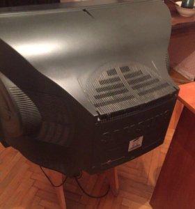 Телевизор, полностью в рабочем состоянии!
