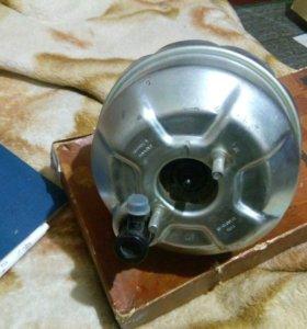 Вакуумный усилитель тормозов 2103