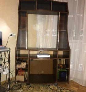 Тумба под телевизор с баром и местом под диски