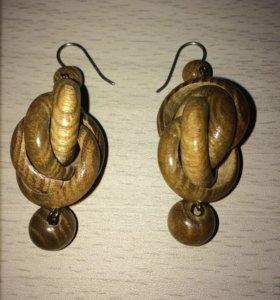 Серьги деревянные новые