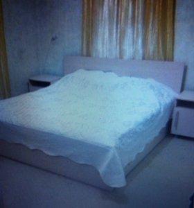Кровать евро+матрац
