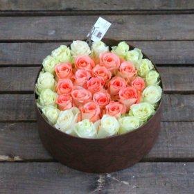 Макаруны в коробочках с цветами!