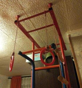 Металлическая шведская стенка для детей