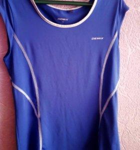 Спортивная детская футболка