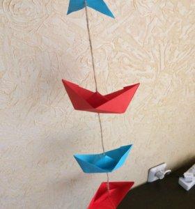 Вертикальные гирлянды и флажки в морском стиле