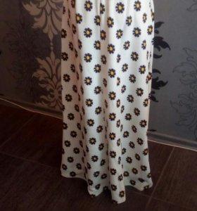 Платье 44 размер, шикарное