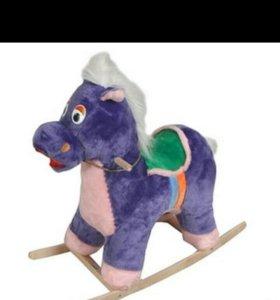 Лошадь каталка