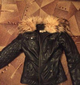 Зимняя кожаная женская куртка