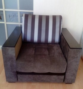 Кресло .