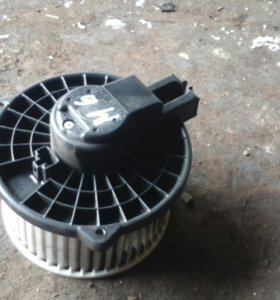 Мотор печки Мазда 6 GH