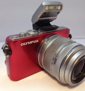 Olympus PEN Lite E-PL3 - с поворотным монитором