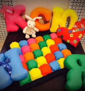 Буквы-подушки и одеяло бомбон