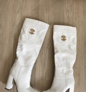 Сапоги белые кожаные Vitacci