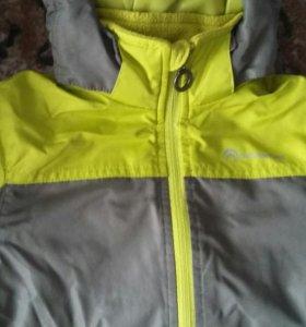 Куртка на мальчика р. 104-110