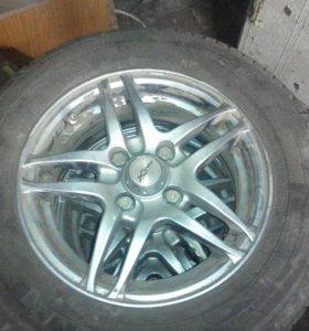 4 колеса на литье резина летняя