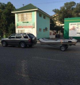 Лодка надувная с прицепом