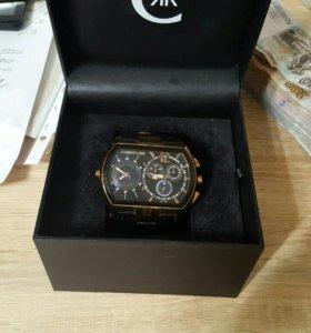 Продам наручные часы Cerruti 1881