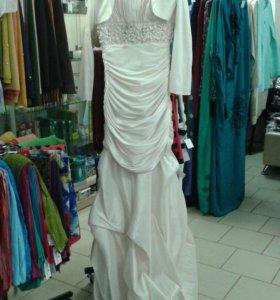 Платье.бежевое