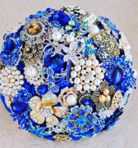Синий 💐 букет из лент и брошей