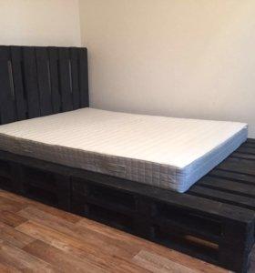 Кровать из палетов