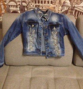 Джинсовая куртка размер 40-42