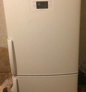 Холодильник LG GA-M379UQA