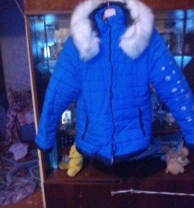 Женская зимняя куртку