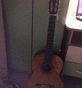 Гитара Yamaha C70 + тюнер + чехол