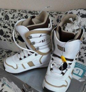 Ботинки для сноуборда Burton Lody