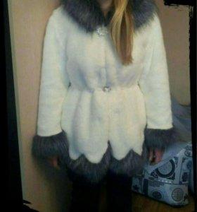 Шубка-Пальто новое