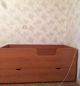 Трёхъярусная кровать