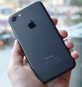 Смартфон Apple iPhone 7 32Gb чёрный, новый