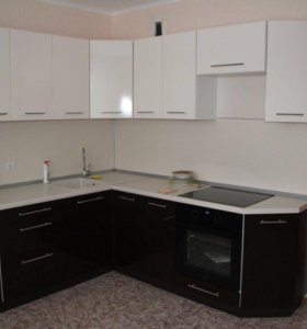 Угловая кухня 2,2*2,0 метра МДФ ДОВОДЧИКИ