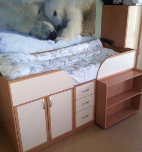 Кровать чердак, шкаф и лестница!!!