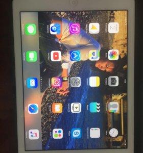 Планшет Apple iPad 5 Air