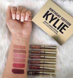 Матовые стойкие блески Kylie