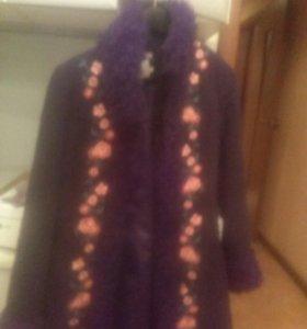 пальто продам 9270885318