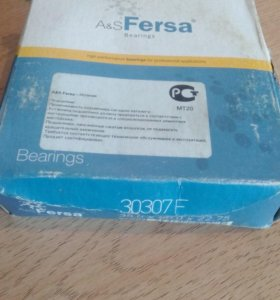 Ступичные подшипники 2шт 30307F fersa