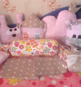 Подушечки бортики в кроватку малышу