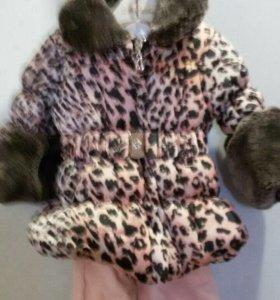 Продаётся весенняя курточка с брючками для девочки