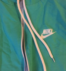 Безрукавка Nike