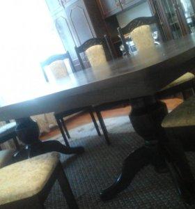 12 стульев и стол,покупала недавно