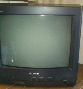 Кинескопный телевизор Sony Trinitron 14 дюймов