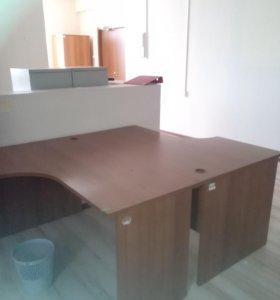 Офисная мебель: столы, тумбы, стелажи