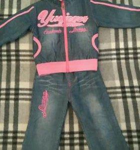 Продам утепленный джинсовый костюм